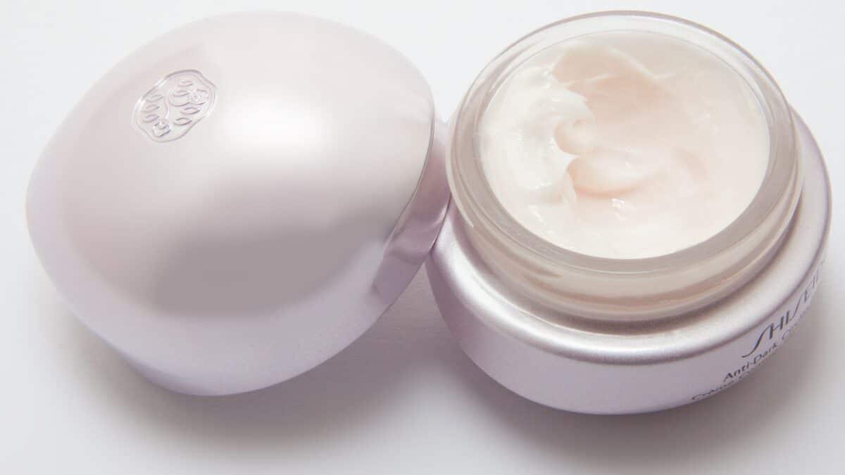 Emily Ratajkowski's fave anti-aging cream